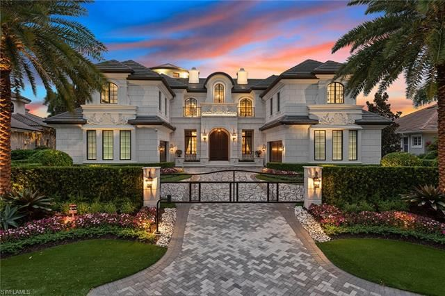 233 Mermaids Bight, Naples, FL 34103 - #: 220077298