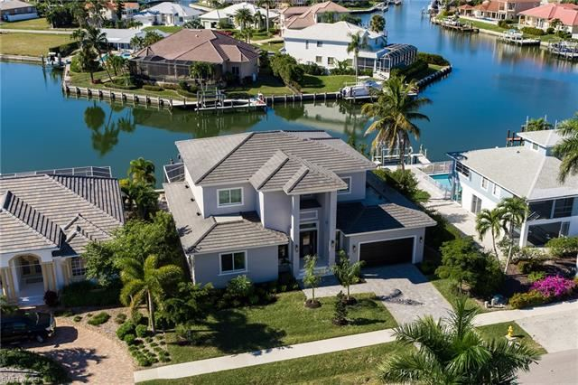 362 Edgewater CT, Marco Island, FL 34145 - #: 220065299