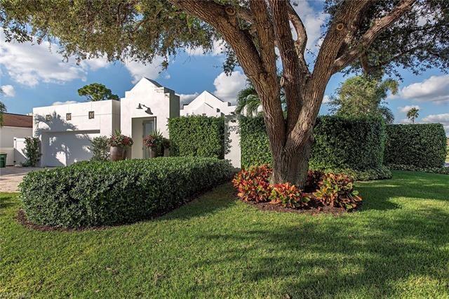 1377 Lake Shore DR, Naples, FL 34103 - #: 220076300
