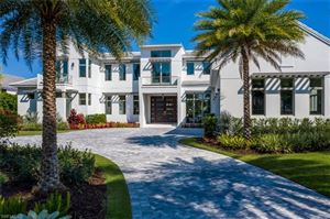 Photo of 325 Kings Town DR, NAPLES, FL 34102 (MLS # 218021314)