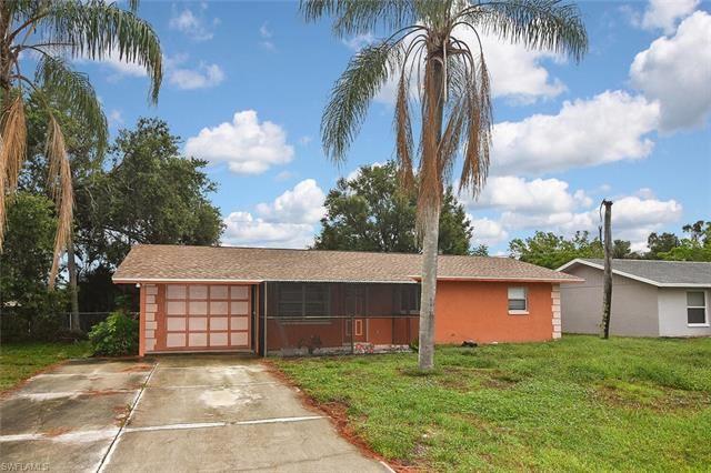 9113 Pineapple RD, Fort Myers, FL 33967 - #: 221045320