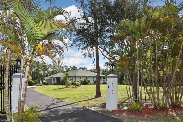 24199 Golden Eagle LN, Bonita Springs, FL 34135 - #: 220014339