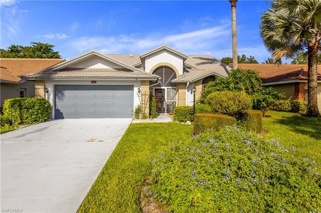 561 Countryside DR, Naples, FL 34104 - #: 220056357