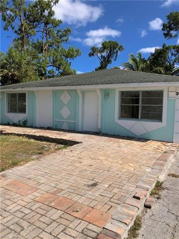 Photo of 3625 Poplar WAY, NAPLES, FL 34112 (MLS # 221017364)