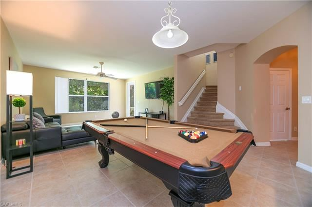 9549 Roundstone CIR, Fort Myers, FL 33967 - #: 221051368