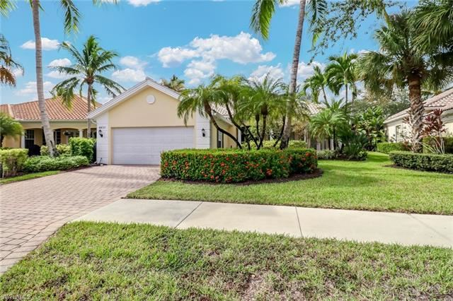 4837 Martinique WAY, Naples, FL 34119 - #: 220073378