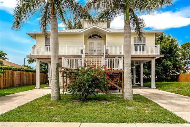 120 Greenview ST, Marco Island, FL 34145 - #: 221016401