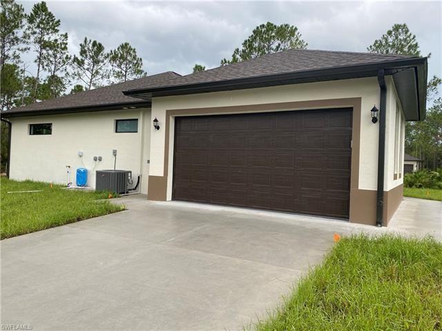 Photo of 4442 8th AVE NE, NAPLES, FL 34120 (MLS # 221066406)
