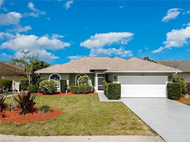 1933 Piccadilly CIR, Naples, FL 34112 - #: 221032408