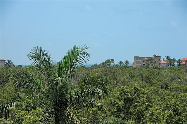7425 Pelican Bay BLVD #304, Naples, FL 34108 - #: 219043412