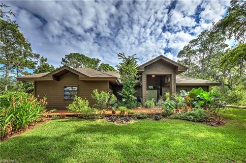 Photo of 632 Hickory RD, NAPLES, FL 34108 (MLS # 220031428)
