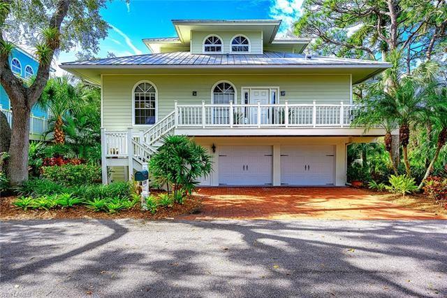 3800 Cracker WAY, Bonita Springs, FL 34134 - #: 221006439