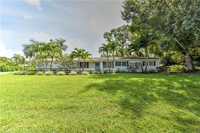 1320 Royal Palm DR, Naples, FL 34103 - #: 221067447