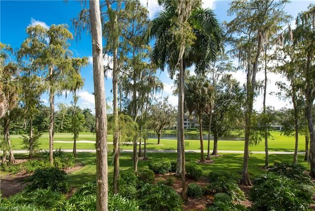 103 Clubhouse LN #282, Naples, FL 34105 - #: 220039454