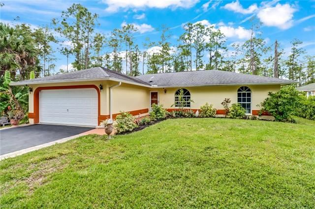 1475 Everglades BLVD N, Naples, FL 34120 - #: 221025457