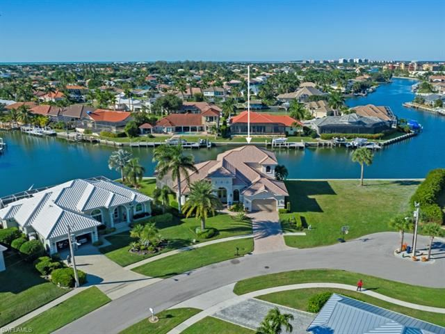 384 Copperfield CT, Marco Island, FL 34145 - #: 221018466