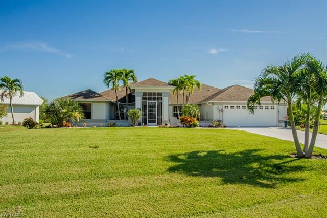 11900 Prince Charles CT, Cape Coral, FL 33991 - #: 220049468