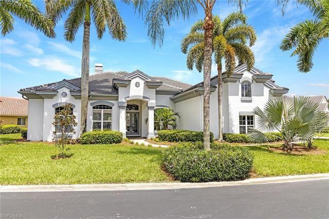621 Shoreline DR, Naples, FL 34119 - #: 221062470