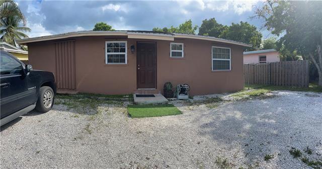 3016 Connecticut AVE, Naples, FL 34112 - #: 221069472