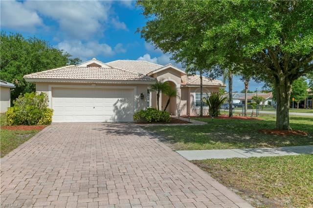 2916 Orange Grove TRL, Naples, FL 34120 - #: 221027502