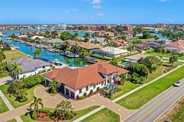 601 Crescent ST, Marco Island, FL 34145 - #: 221015515