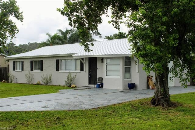 13232 Fourth ST, Fort Myers, FL 33905 - #: 221058521