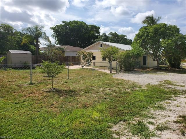 Photo of 603 108th AVE N, NAPLES, FL 34108 (MLS # 221056523)