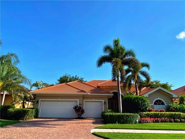 4904 Rustic Oaks CIR, Naples, FL 34105 - #: 221028526