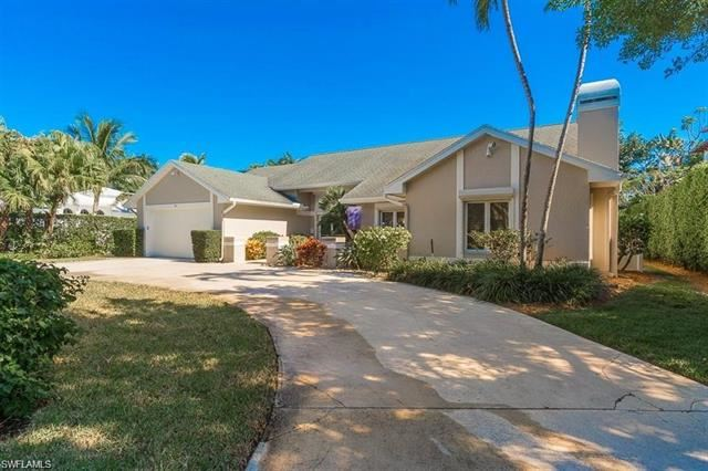 Photo for 90 7th AVE S, NAPLES, FL 34102 (MLS # 220037535)