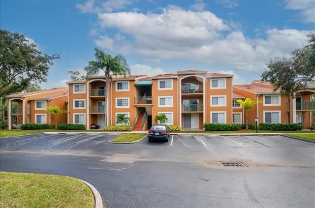 1270 Wildwood Lakes BLVD #207, Naples, FL 34104 - #: 220072535