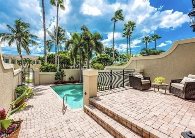 Photo of 393 2nd AVE S #5, NAPLES, FL 34102 (MLS # 221051539)