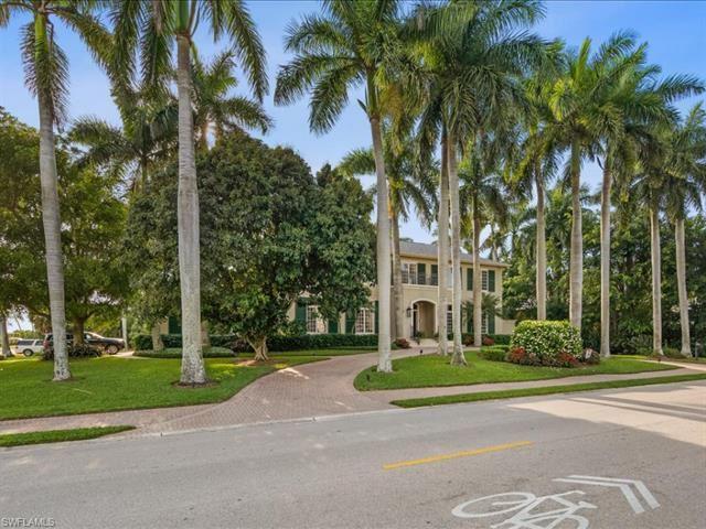890 Gulf Shore BLVD S, Naples, FL 34102 - #: 221045541
