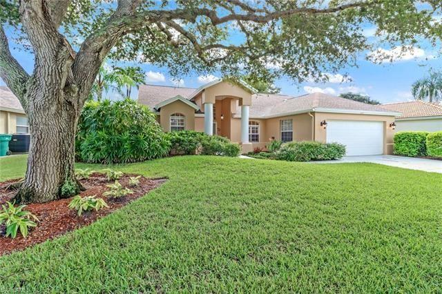 Photo of 554 Briarwood BLVD, NAPLES, FL 34104 (MLS # 221066545)