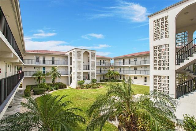 53 High Point CIR W #208, Naples, FL 34103 - #: 221061569