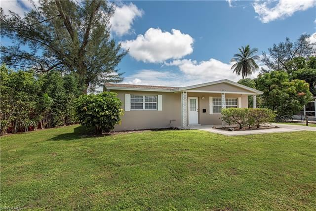 518 14th ST N, Naples, FL 34102 - #: 220059570