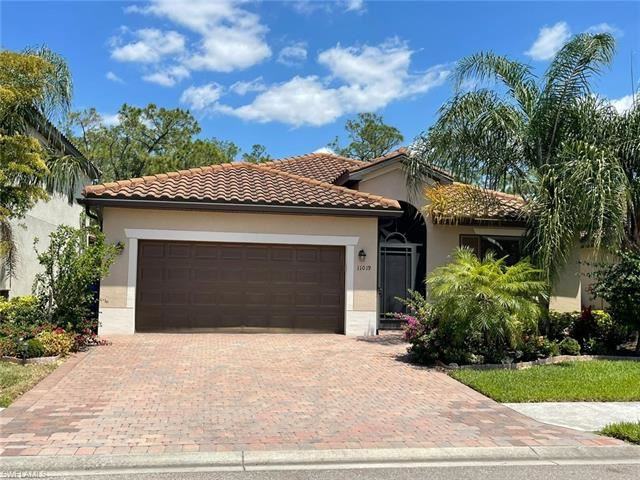 11019 Cherry Laurel DR, Fort Myers, FL 33912 - #: 221029577