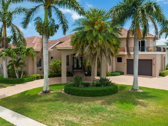 901 Hyacinth CT, Marco Island, FL 34145 - #: 221041587