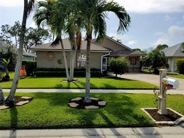 3712 Kent DR, Naples, FL 34112 - #: 221027622