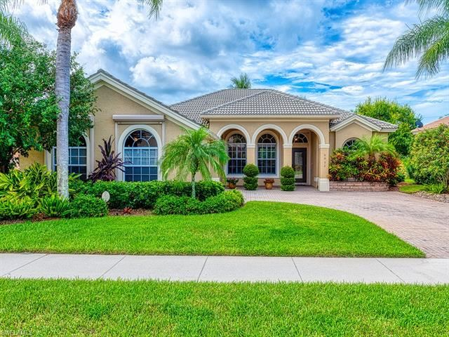 6932 Burnt Sienna CIR, Naples, FL 34109 - #: 220030624