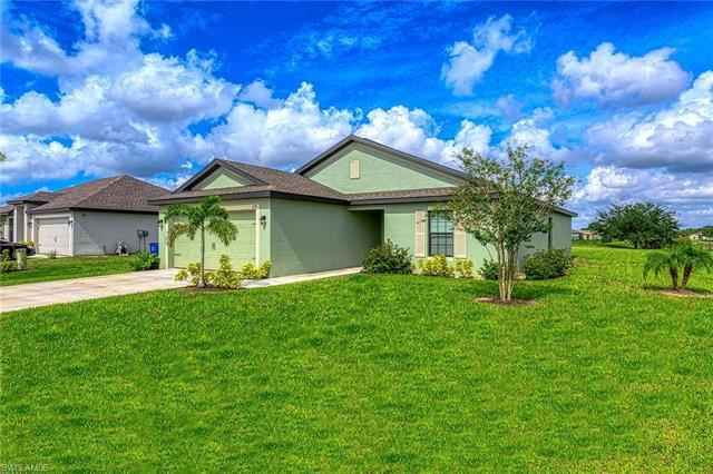 158 Shadow Lakes DR, Lehigh Acres, FL 33974 - #: 220036631