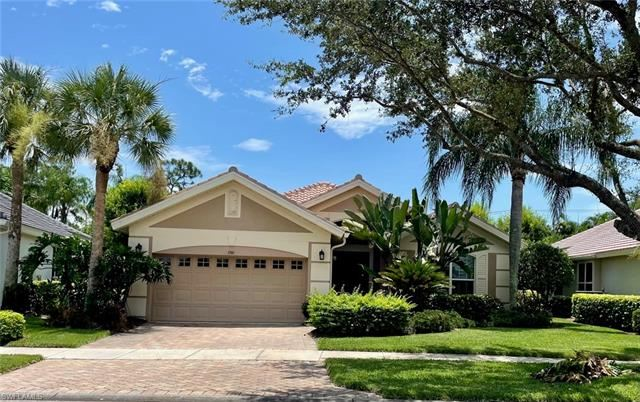 1741 Winding Oaks WAY, Naples, FL 34109 - #: 221057634