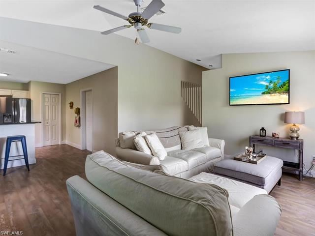 Photo of NAPLES, FL 34104 (MLS # 221067640)