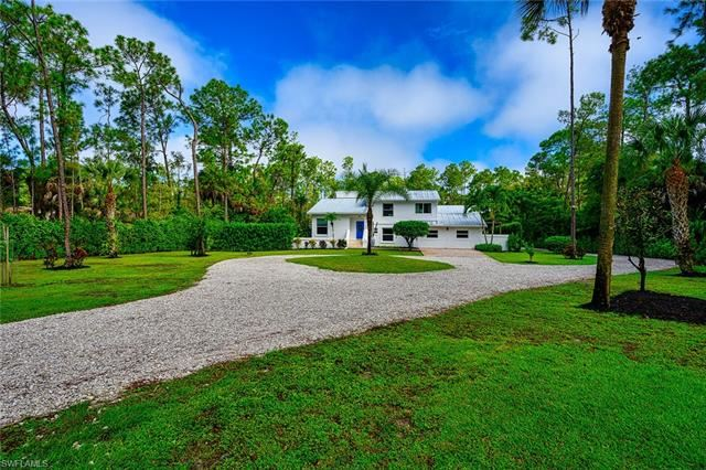 4195 3rd AVE NW, Naples, FL 34119 - #: 221068671