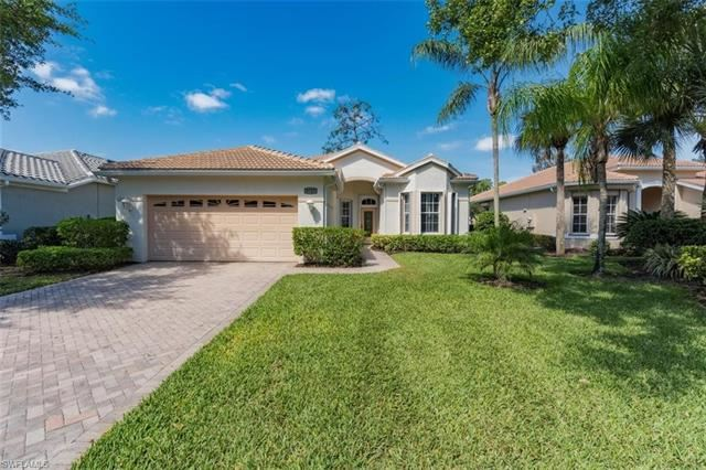8727 Gleneagle WAY, Naples, FL 34120 - #: 221022674