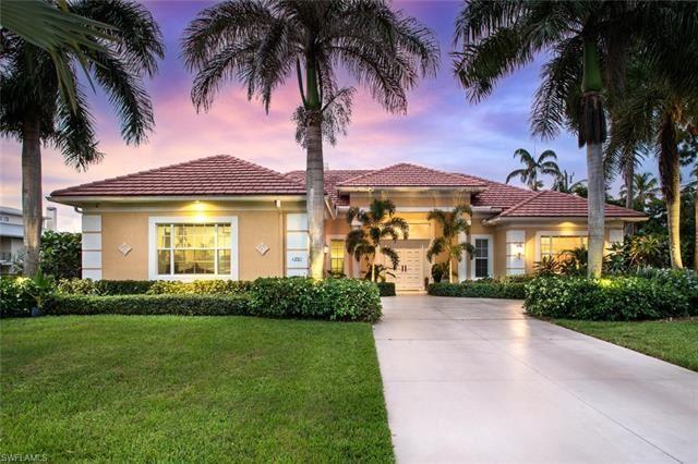 4220 Tarpon AVE, Bonita Springs, FL 34134 - #: 221053682