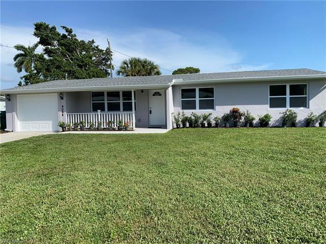 Photo of 4084 Coconut CIR N, NAPLES, FL 34104 (MLS # 221054687)