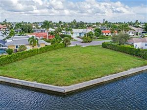 Photo of 850 Willow CT, MARCO ISLAND, FL 34145 (MLS # 219071701)