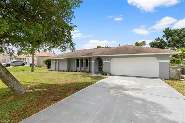 9064 King RD W, Fort Myers, FL 33967 - #: 221044707