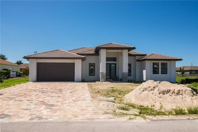 2106 SW 25th TER, Cape Coral, FL 33914 - #: 219071710