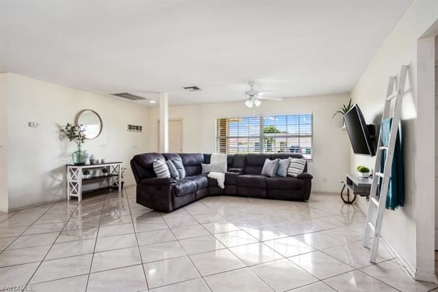Photo of 5417 27th AVE SW, NAPLES, FL 34116 (MLS # 221056711)